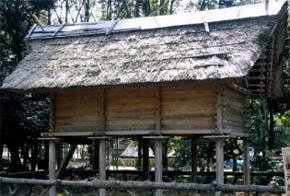 高床式倉庫(登呂遺跡)